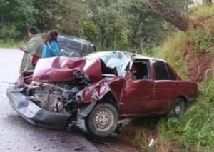 Sangriento accidente automovilístico